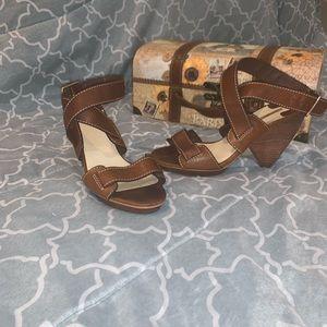 MaxStudio Brown Sandals